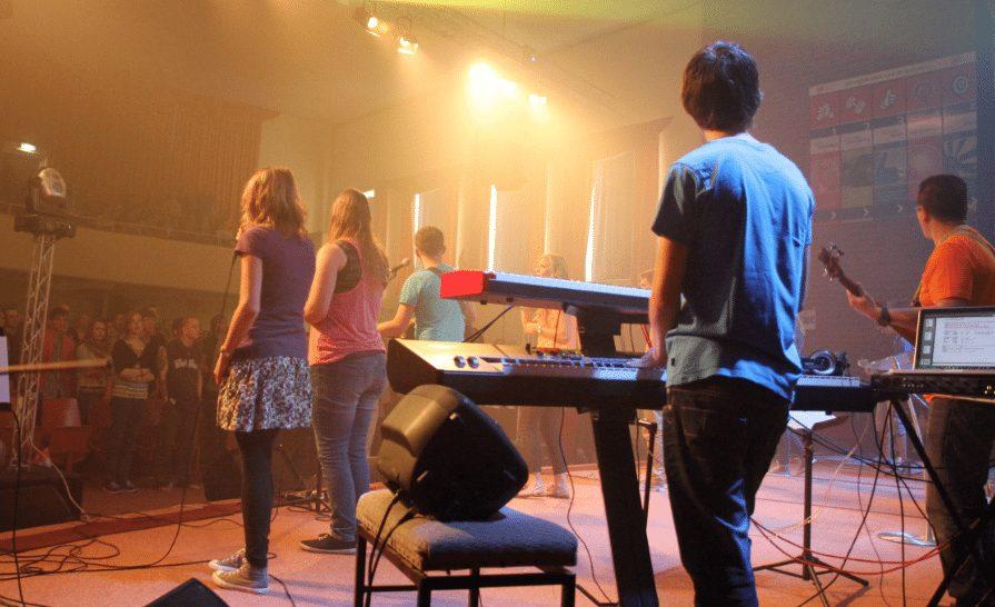 Photo of Praise the Lord in Leeuwarden, Heiden onderzoekt geloofsevenementen in onze studentenstad
